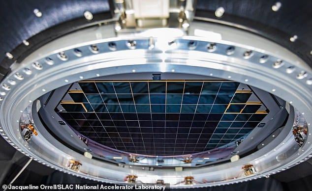 Sensor del telescopio Rubin de 3200 megapíxeles